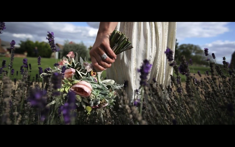 Binky Daz Edworth Manor Farm Bedfordshire Wedding Video Kissing Gate Films